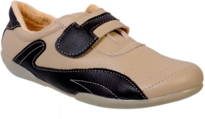 Jolly Jolla Toppers Walking Shoes(Beige, Black)
