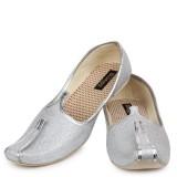 Shoetopia (Silver)
