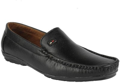 Momentum Black Smart Loafers