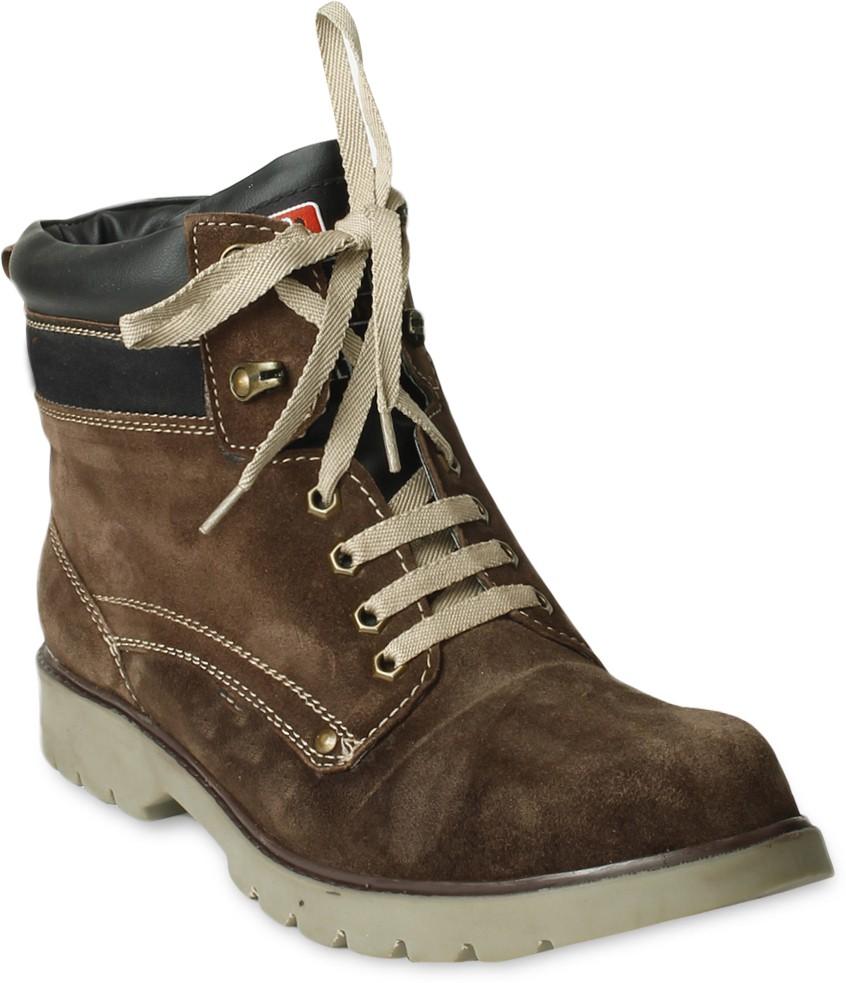 TEN Stylish and Elegant Boots