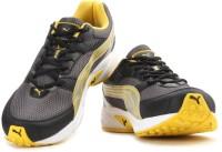 Puma Pluto DP Men Running Shoes(Black, Grey, Yellow)