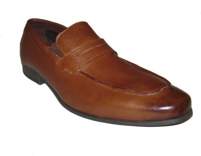 Kuts n Crvs Slip On Shoes