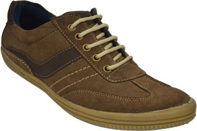 Human Steps Trekking Sneakers