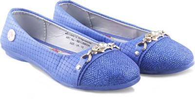 Barbie Bb1cbb03 Blue Bellies
