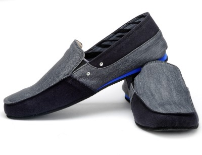 FUNK Colly and Black Grey Canvas Shoes
