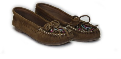 Shimmer Shoes Leather Beaded Closed Toe Belly
