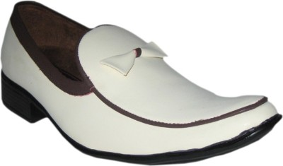 Jajos White Fancy Loafer Loafers
