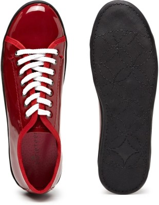 Nineteen Glossy Lace-Up Round Fronted Corporate Casuals