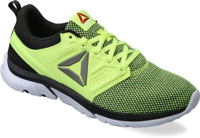 Reebok REEBOK ZSTRIKE RUN SE Running Shoes(Green) at flipkart