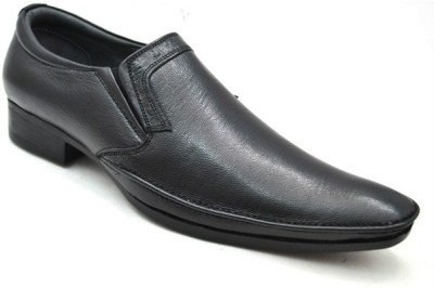 Lippy Black Slip On Shoes