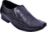 Oora Slip On Shoes (Black)