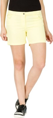 Alibi By Inmark Solid Women's Yellow Chino Shorts