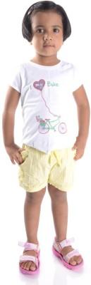 Oye Solid Girl's Yellow Basic Shorts
