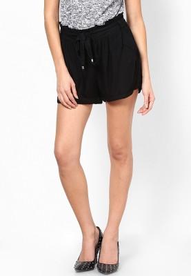 Vero Moda Solid Women's Black Baggy Shorts