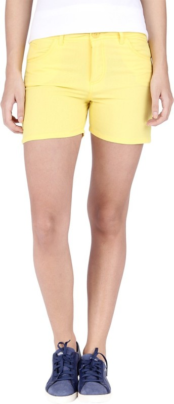 Campus Sutra Solid Women's Yellow Hotpants