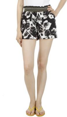 Wineberry Printed Women's Black Hotpants