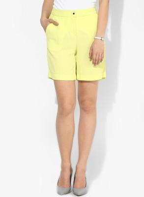 Vero Moda Solid Women's Yellow Chino Shorts