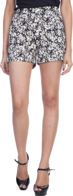 TrendBAE Printed Women's White, Black Basic Shorts