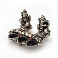 UFC Mart White Metal Lord Laxmi Ganeshas With Silver Table Diya Set(Height: 3 inch)