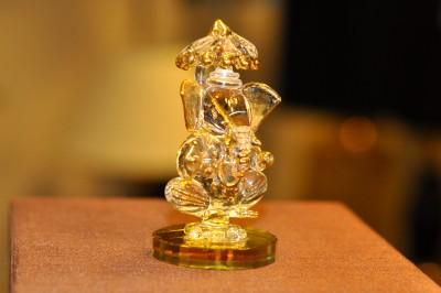 Sutra Decor Chhatra Ganesh Showpiece  -  2 cm