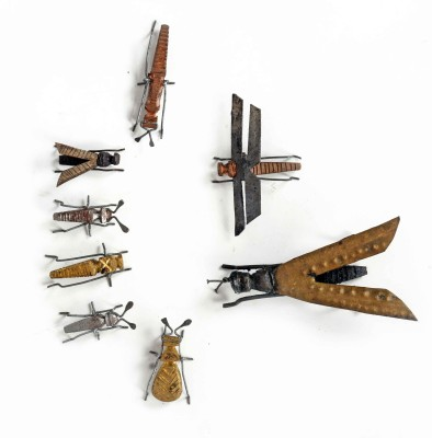 KHUSHI HANDICRAFTS HAND MADE INSECTS Showpiece  -  0.5 cm
