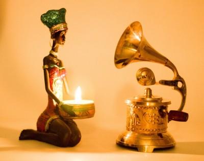 Brown Village Antique Gramophone Showpiece  -  16 cm