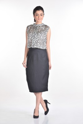 Aaina Solid Women's Pencil Black Skirt