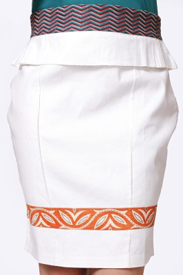 Glam & Luxe Solid Women's Pencil White Skirt