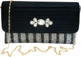 Bhamini Women Party Black  Clutch