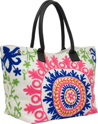 Famous by Payal Kapoor Women Casual Multicolor Canvas Sling Bag