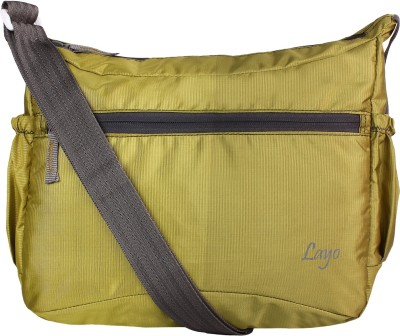 Layout Men Casual Green Polyester Sling Bag