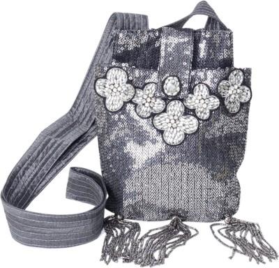 Jademist Women Black Nylon Sling Bag