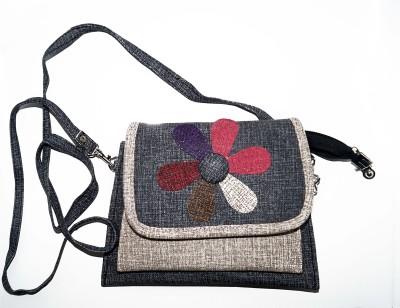 VINCITORE Women Silver Cotton Sling Bag