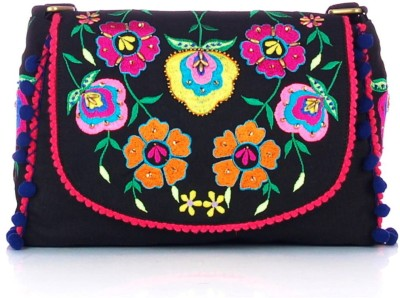 Shaun Design Women, Girls Black Canvas Sling Bag