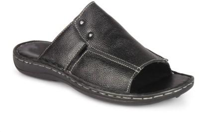 BrandTrendz Slippers