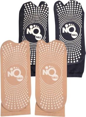 NOFALL Women's Polka Print Ankle Length Socks at flipkart