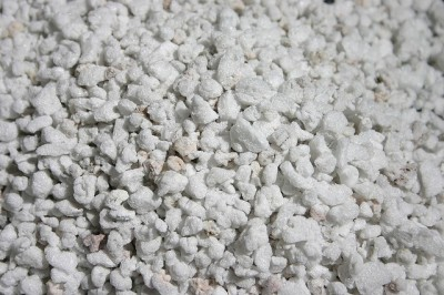Pepper Agro Perlite And Vermiculite Gardening Hydroponics Horticultural Grade 900 GM(450GMX2) Soil Manure