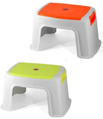 DEVICE IN LION TOTO Stool