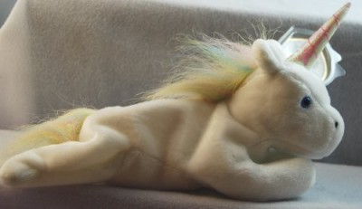 TY Beanie Babies Mystic The Unicorn (Irredescent Horn & Yarn
