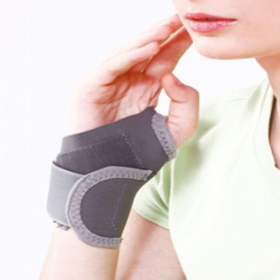 Tynor Wrist Brace With Thumb Universal Wrist Support (Free Size, Grey)