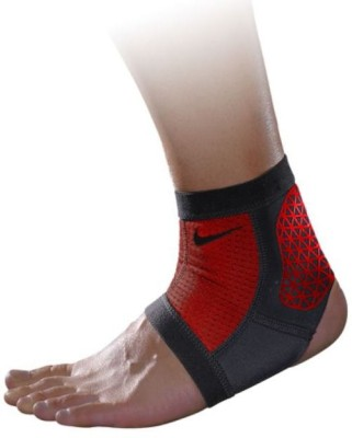 Nike Pro Combat Hyperstrong Ankle Support (L, Black, Red)