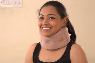 Spi Cerevical Collar Premium Neck Support (S, Brown)