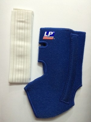 LP ANKLE STRAP(WITH STAY AND STRAP) 775 Ankle Support (L, Blue)