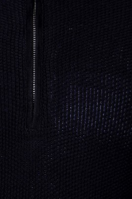 Van Heusen Solid Round Neck Men's Black Sweater