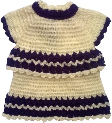 The Wool House Self Design Round Neck Casual Girl's White Sweater