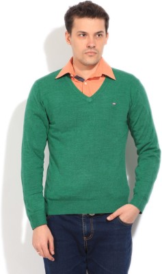 Arrow Sports Solid V-neck Casual Men's Green Sweater