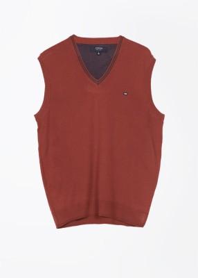 Arrow Sports Solid V-neck Casual Men's Orange Sweater