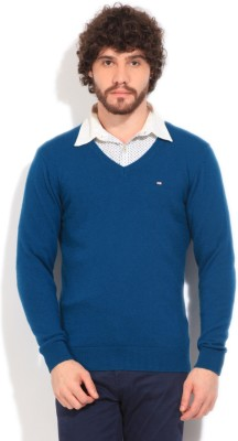 Arrow Sports Solid V-neck Casual Men's Blue Sweater