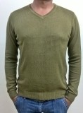 Locus Classicus Solid V-neck Men Green S...