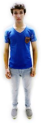 Red Mango Solid Men's V-neck T-Shirt